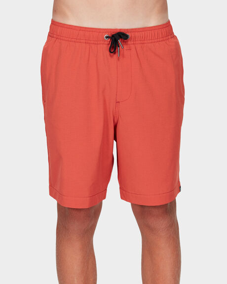 BOYS SURFTREK PERF WALKSHORTS