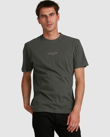 KICKED OUT - RETRO FIT TEE - B