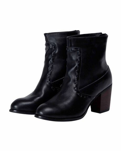 Willow Leather Boot