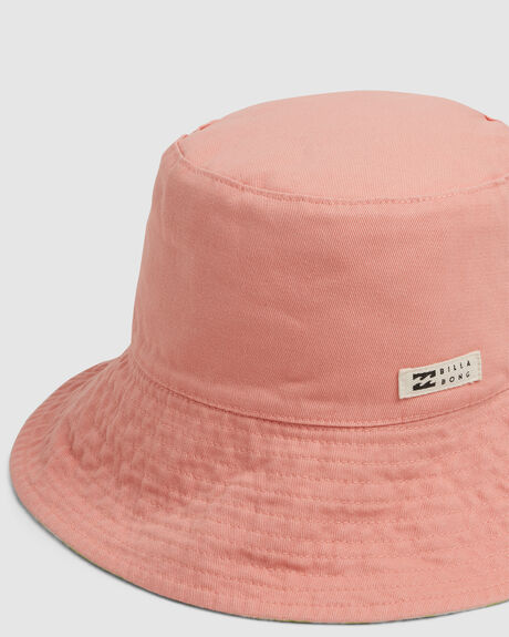SUNDRENCHED BUCKET HAT