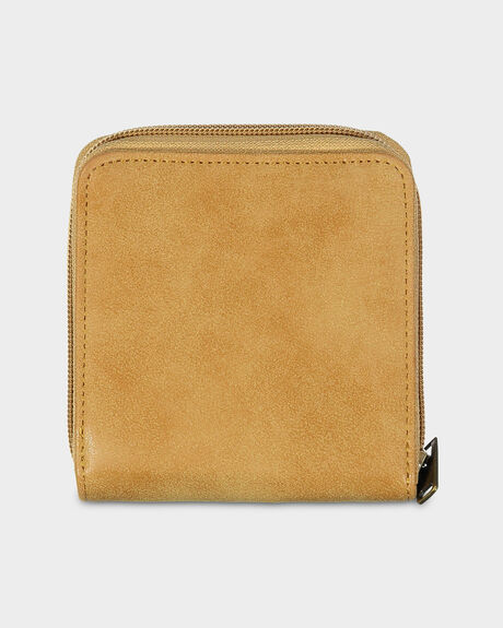 CARRY A HEART WALLET