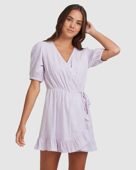 FLORENCE FEELS SOLID WRAP DRESS