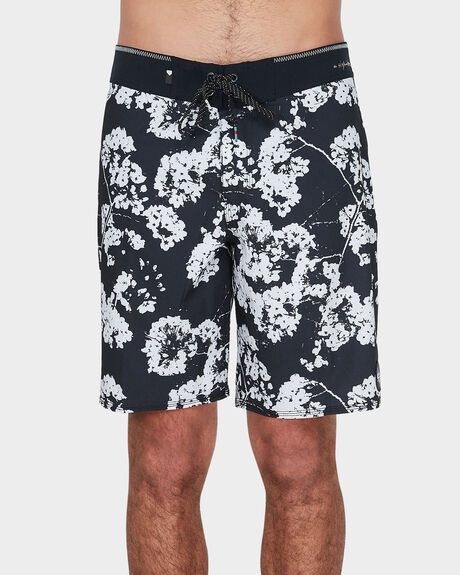 HIGHLINE WHITE OUT BOARDSHORT