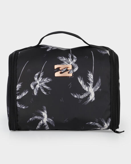 SWAY PALM BEAUTY CASE