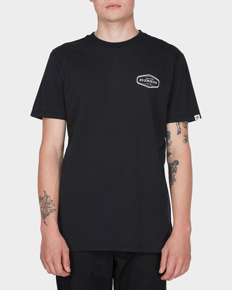BADGE SHORT SLEEVE TEE