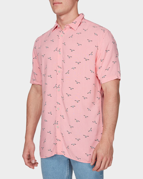 HOLIDAY SHORT SLEEVE SHIRT