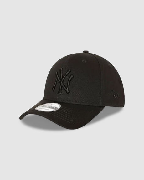 NY YANKEES BLACK ON BLACK 9FORTY