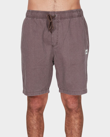 OFF THE HOOK ELASTIC SHORT