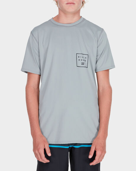 BOYS ALL DAY MESH LOOSE FIT SURF SHIRT