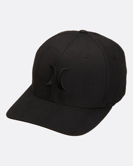 OO BW  HAT