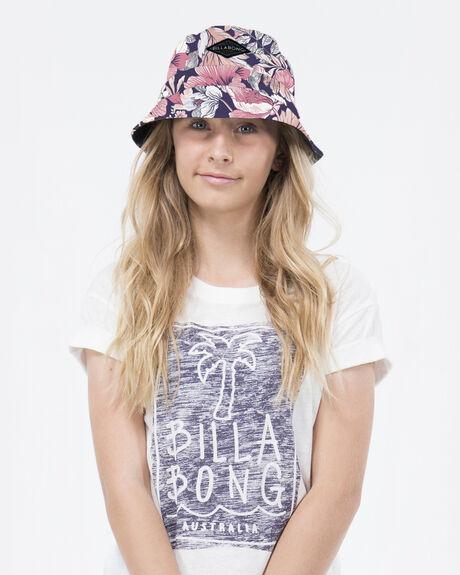 Wonderland Bucket Hat