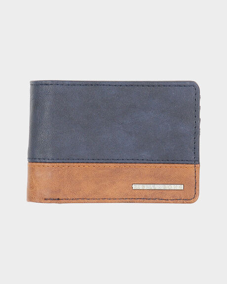 DIMENSIONS WALLET