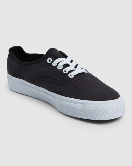 ERA DEBOSSED CHECKER BLK/WHT