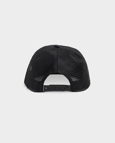 OVAL DOT UNSTRUCTURED TRUCKER