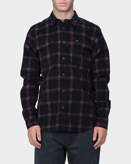 TACKED LONGSLEEVE SHIRT