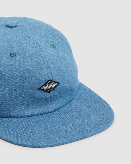 BASE SNAPBACK CAP