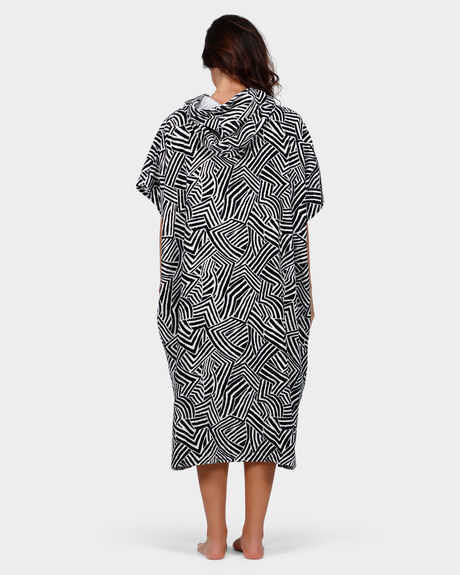 SUN TRIBE HOODED TOWEL