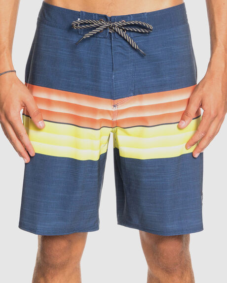 "MEN HIGHLINE SIX CHANNEL 19"" BOARDSHORTS"
