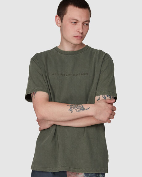 DRIL EMBRO MERCH FIT TEE