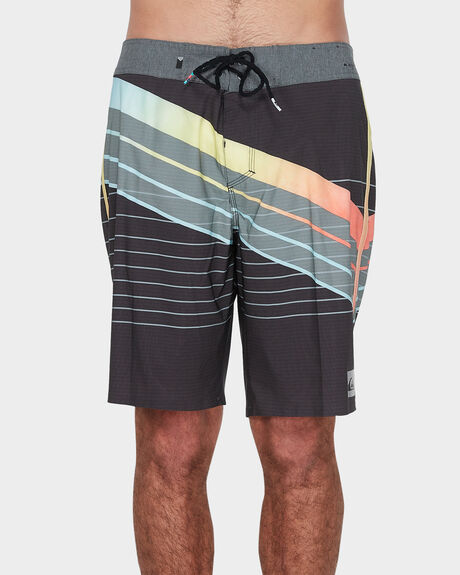 "HIGHLINE CORE SLASH 19"" BOARDSHORT"