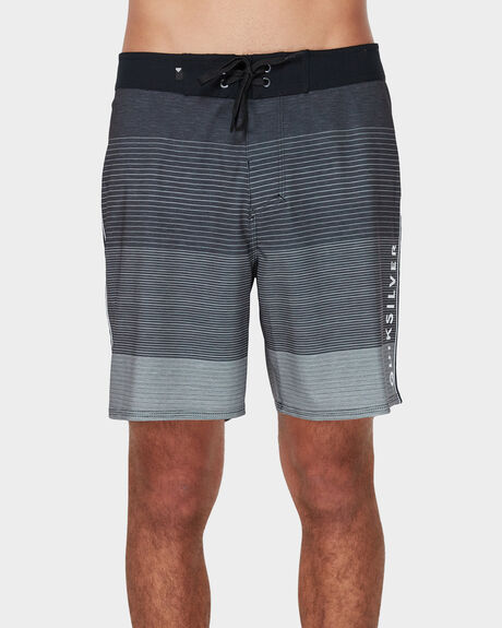 "HIGHLINE MASSIVE 20"" BOARD SHORTS"