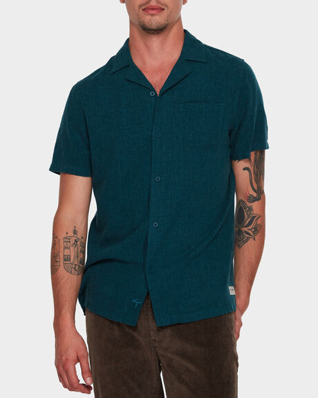 BUSINESS & PLEASURE CO CAMO SHORT SLEEVE SHIRT