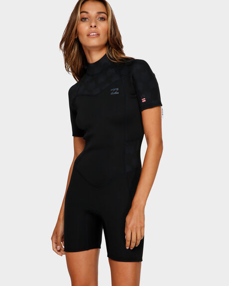 202 LADIES SYNERGY SHORT SLEEVE SPRINGSUIT