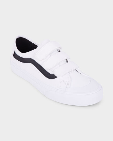 ac66b5b2 White/black BLACK BALL VANS WHITE/BLACK SHOE | Surf, Dive 'N' Ski