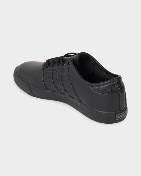 ADIDAS SEELEY CORE BLACK/BLACK SHOE