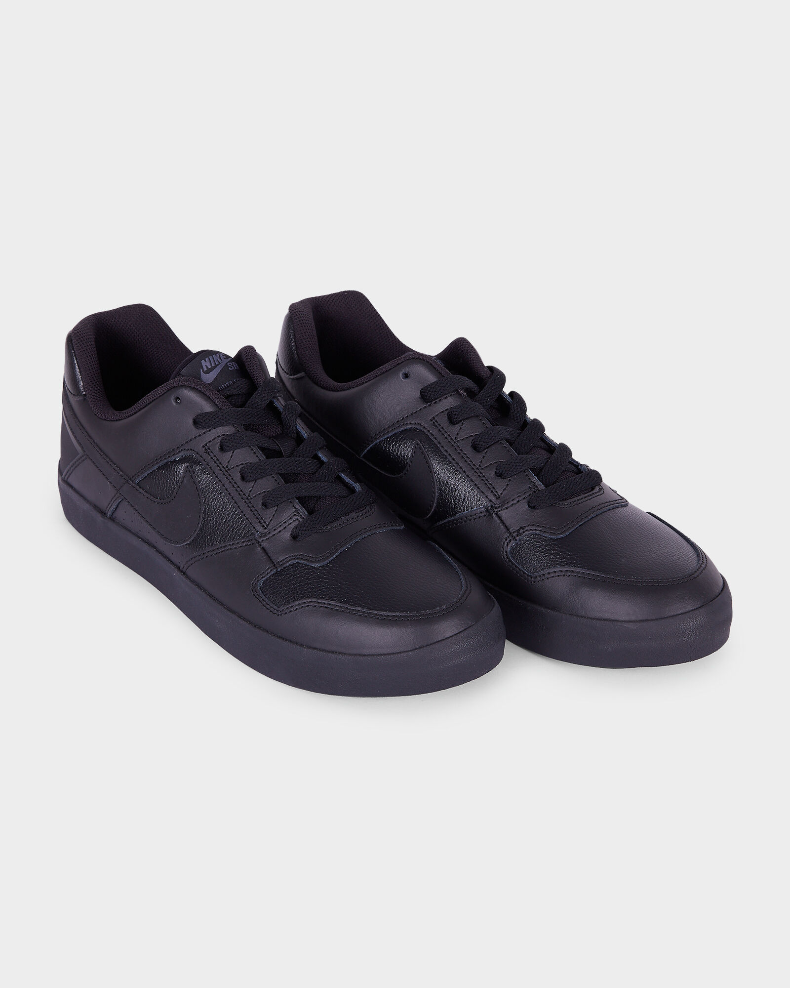 all black leather nike shoes