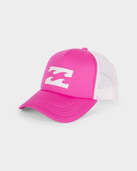 LEGACY TRUCKER CAP
