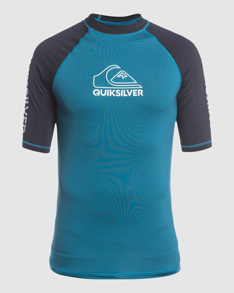 MENS ON TOUR SHORT SLEEVE UPF50 RASH VEST