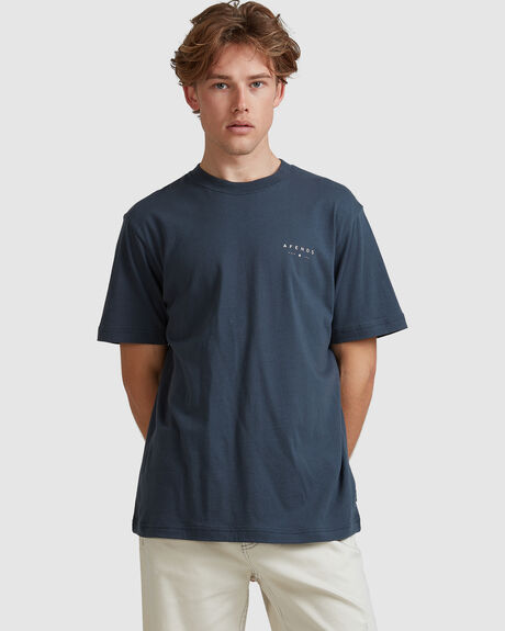 MENS NOT THERE-RETRO FIT TEE