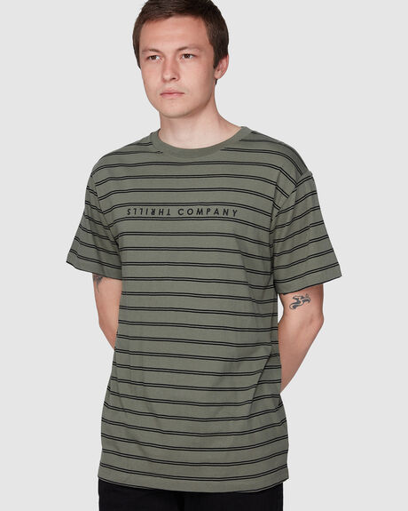 DOUBLE STRIPE MERCH FIT TEE -ARMY GREEN