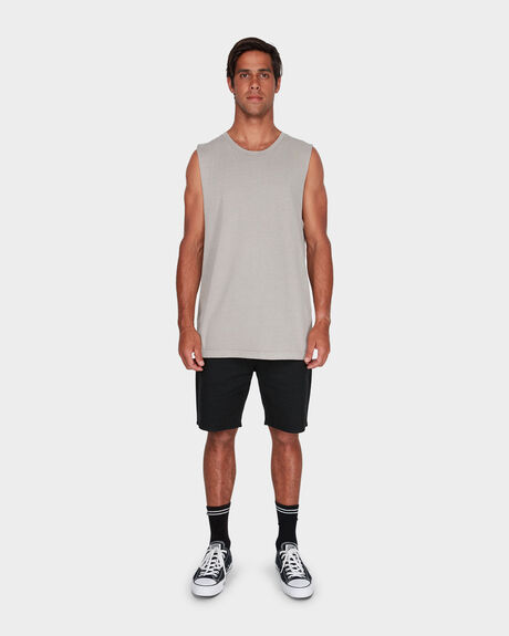 PIGMENT FADE MUSCLE TEE
