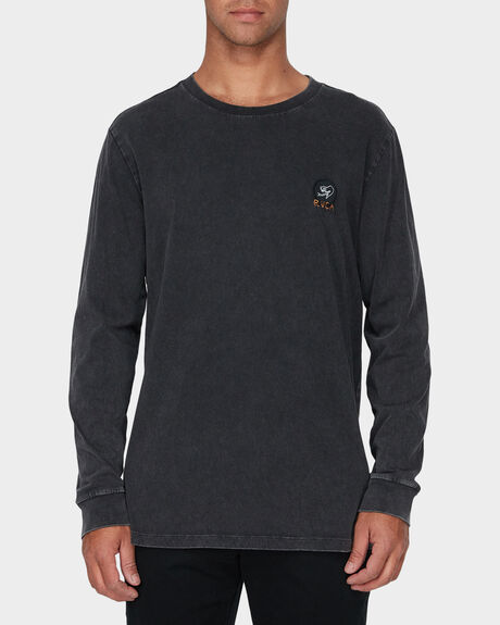 ETERNAL STRUGGLE LONG SLEEVE TEE