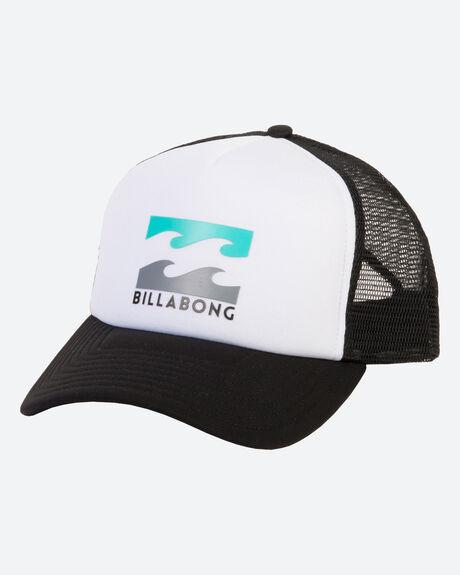 PODIUM TRUCKER CAP