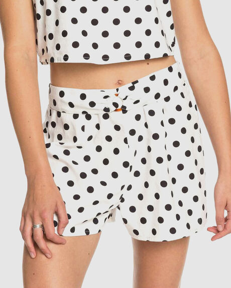 WOMENS NICE JOURNEY HIGH WAIST SHORTS