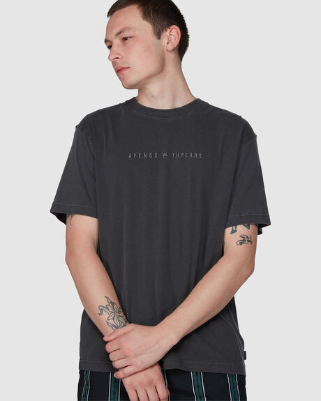 THREADS - RETRO FIT TEE