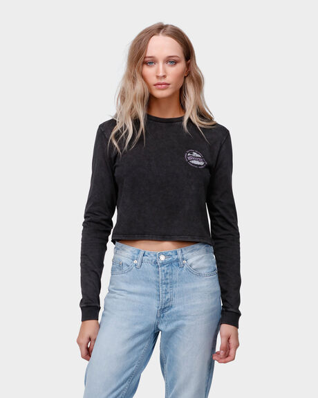 SUNSET DRIVE LS CROP TEE