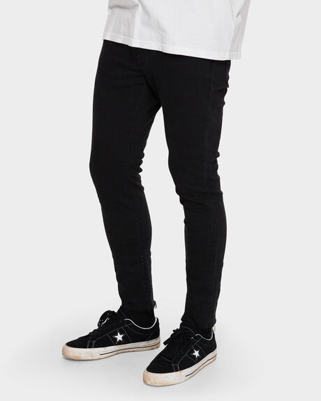 A DROPPED SKINNY TURN UP JEANS