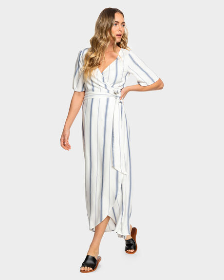 KEEP THE TEMPO MAXI WRAP DRESS
