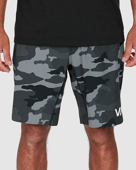 TRAIN SHORTS 19 INCH W LINER