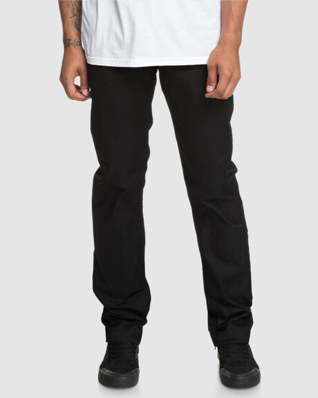 WORKER STRAIGHT FIT JEANS