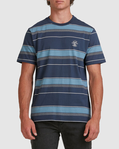 MENS SEARCHERS NOMAD TEE