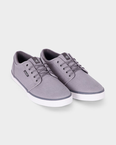 REMARK 2 ALL GREY SHOE