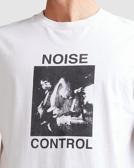 MENS NOISE CONTROL MERCH FIT TEE