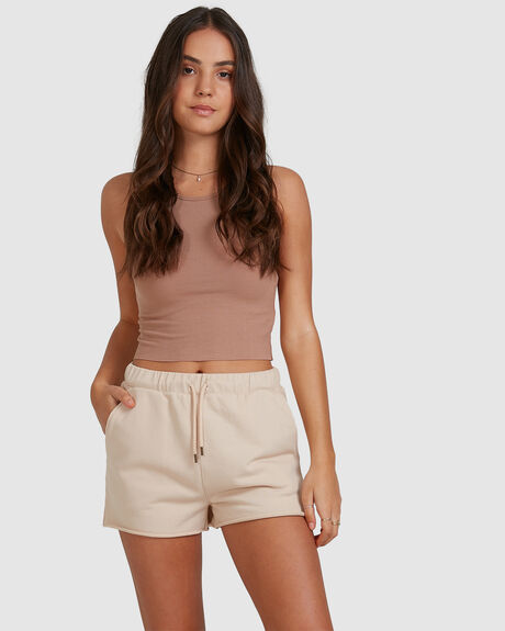 RUNABOUT SHORT