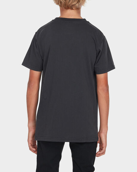 ARCH STACK TEE