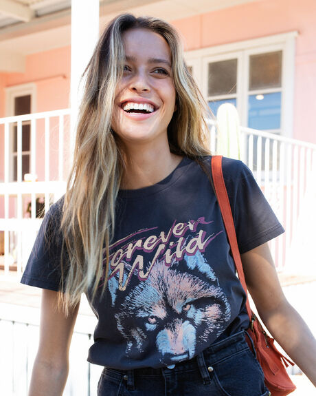 FOREVER WILD BAND TEE